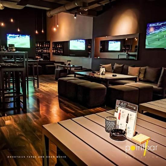 salon inside point bar