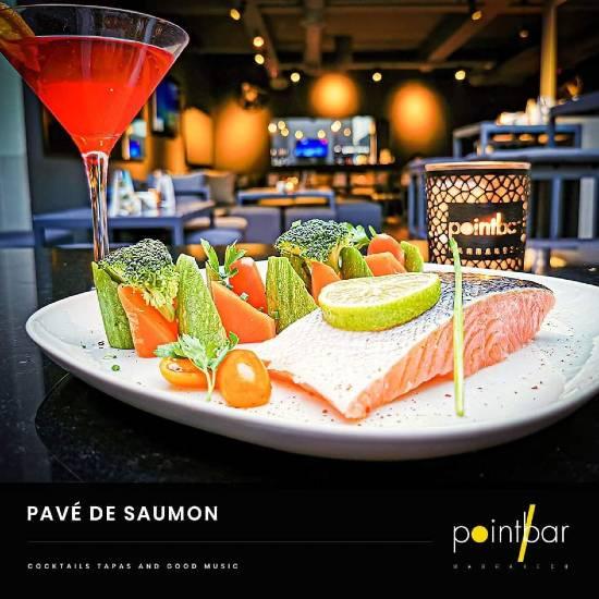 saumon point bar